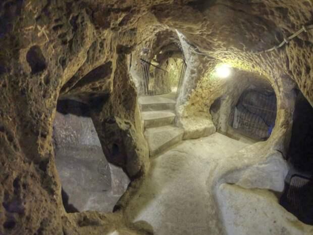 Мужчина ремонтировал дом и обнаружил целый подземный город история, факты