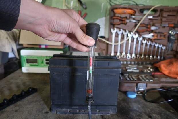 проверка плотности при помощи ареометра