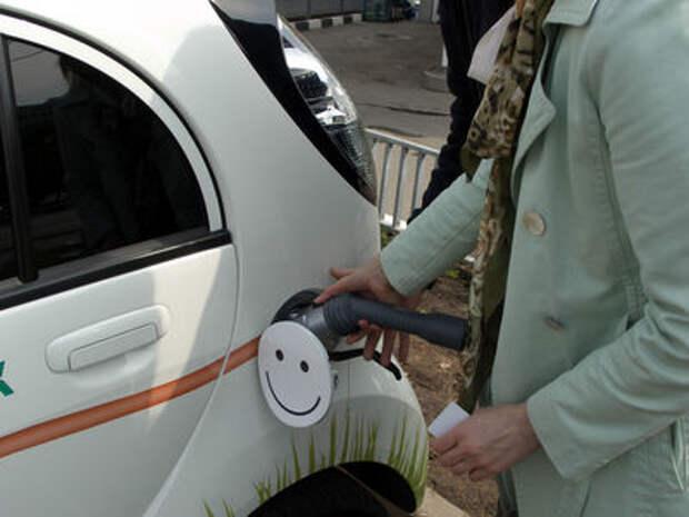 В ПДД появится термин «электромобиль»