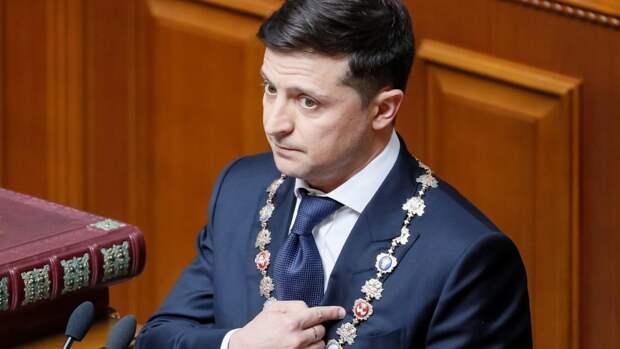 Зеленский отнимает у Севастополя особый статус
