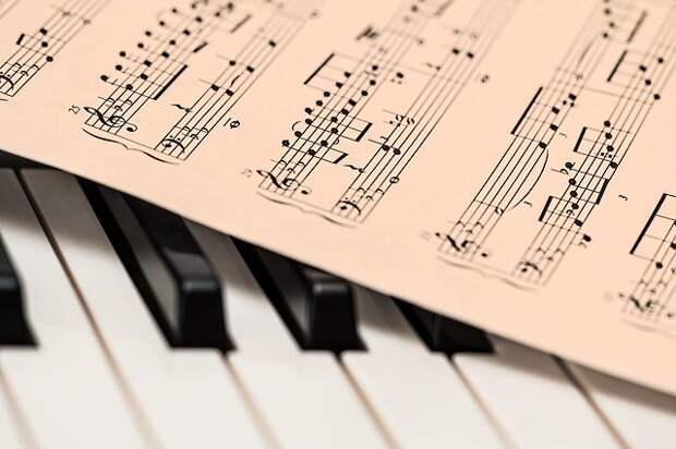 Клуб «Товарищ» подготовил для малышей музыкальный лекторий «Детский альбом»
