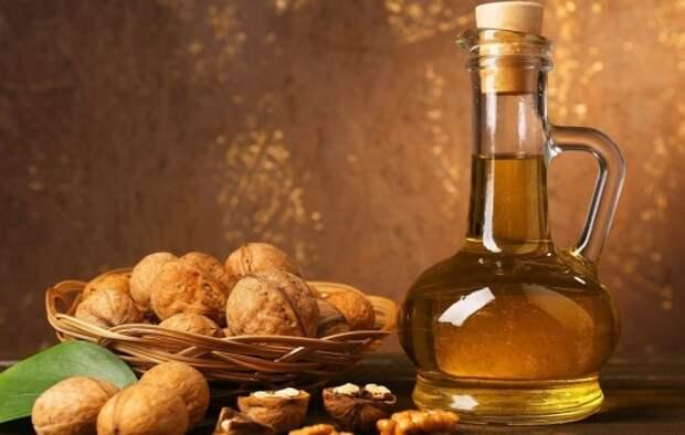Настойка из грецкого ореха: рецепты и показания к употреблению