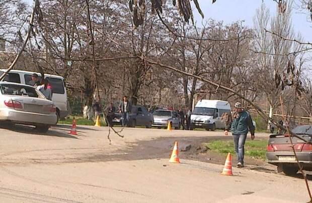 Тройное ДТП в Крыму: автомобили вдребезги, из людей никто не пострадал (фото)