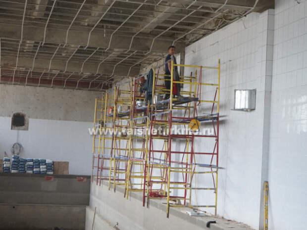 Бассейн по улице Мира в Тайшете начали капитально ремонтировать
