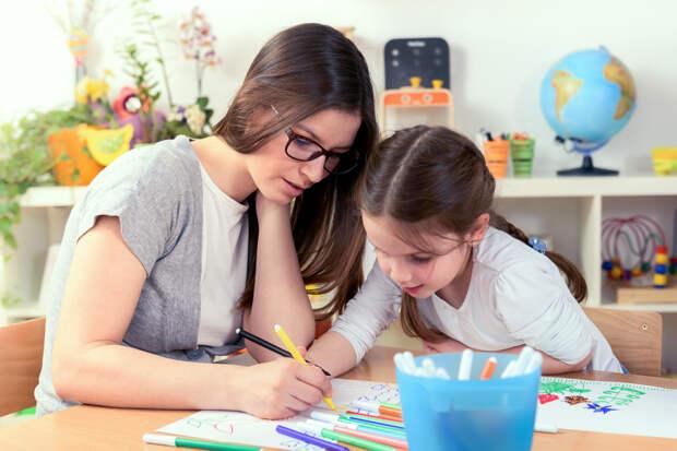 Стоит ли учить ребенка английскому языку ДО школы? Мнение репетитора