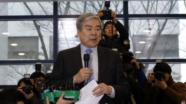 Бывший топ-менеджер Korean Air извинилась за орешки