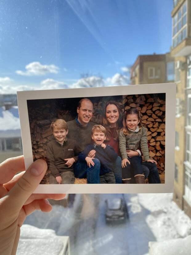 Нижегородская школьница получила открытку от герцога и герцогини Кембриджских