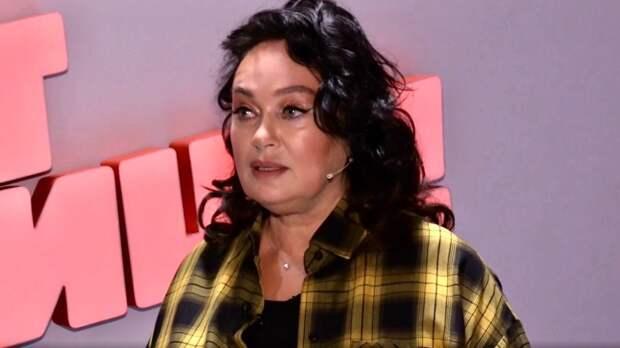 Лариса Гузеева вслед за Долиной поссорилась с блогером Валей Карнавал
