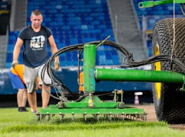 Газон «Газпром Арены» заменен, настала трехнедельная пауза для агротехников. «Зенит» опробует поляну только 7 августа
