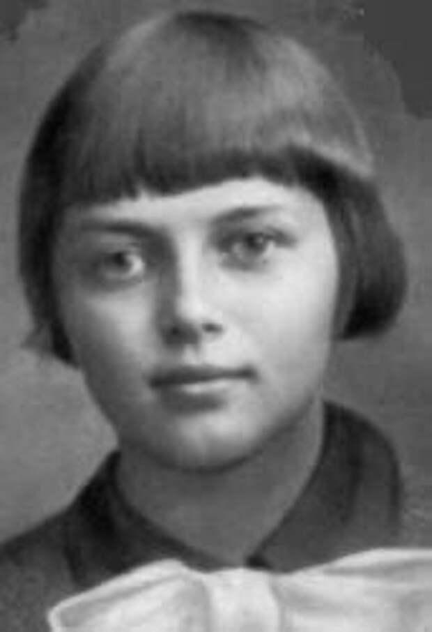 Памяти юной партизанки Зины Портновой