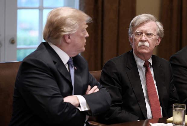 Почему очередной советник по нацбезопасности США Джон Болтон уволен Трампом из Белого Дома?