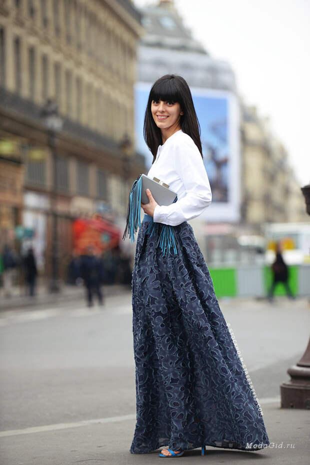 Уличный стиль лета 2019 -  модные образы с длинной юбкой