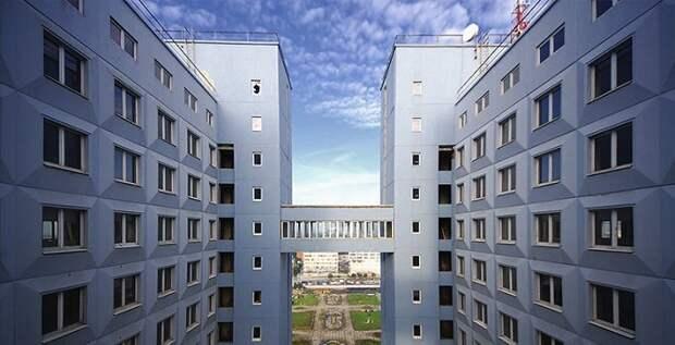 13 необычных строений России