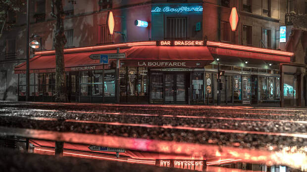 Ночь опустилась над Парижем