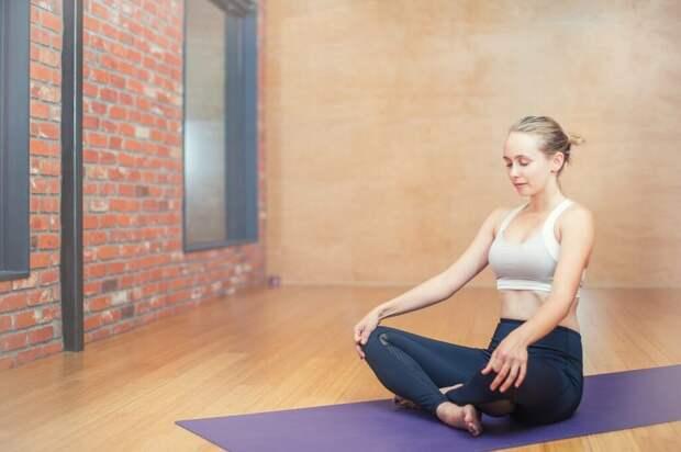 Почему йога – лучшее хобби для людей с сидячей работой