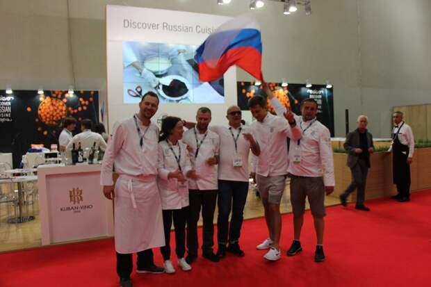 Крымская акула и бахчисарайские томаты. Чем еще удивляет Крым на фестивале еды в Италии?