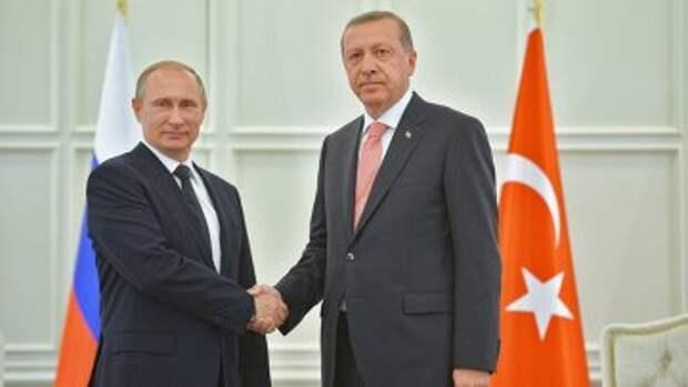 Президент России Владимир Путин (слева) и президент Турции Реджеп Тайип Эрдоган