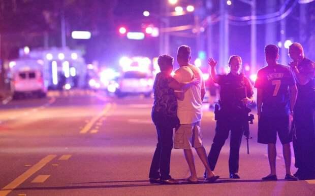 Массовое убийство в гей-клубе в Орландо: застрелены 50 человек