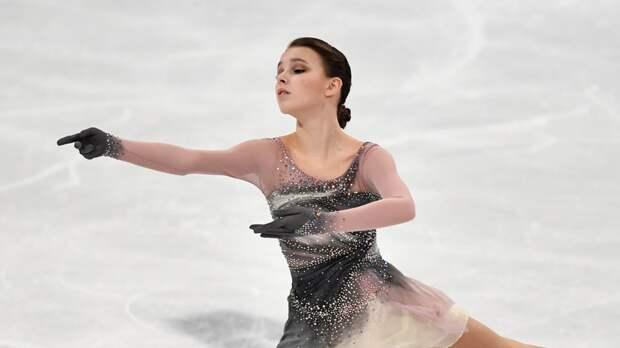Щербакова оценила победу в короткой программе на командном ЧМ