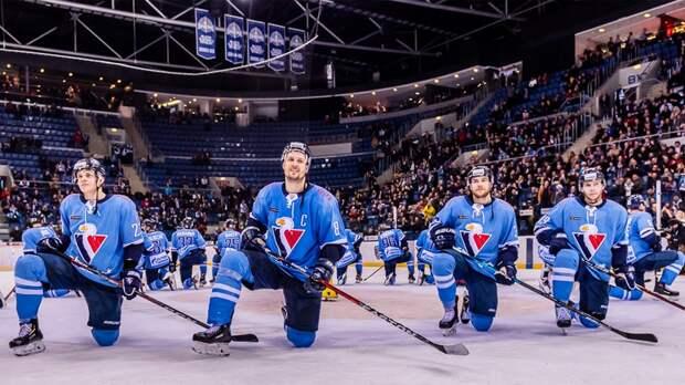 «Слован» покинул КХЛ, ноеще должен игрокам 3млн евро. Клуб со100-летней историей может исчезнуть
