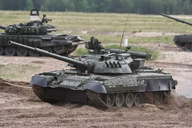 """На полигоне в Аризоне появились украинские танки Т-84 """"Оплот"""""""