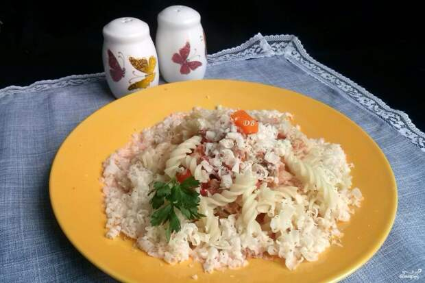 Макароны с фаршем и сыром