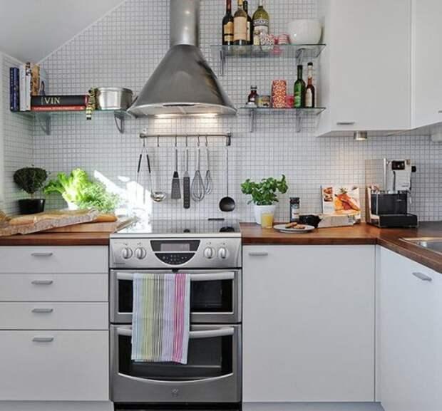 дизайн кухни с рейлингами