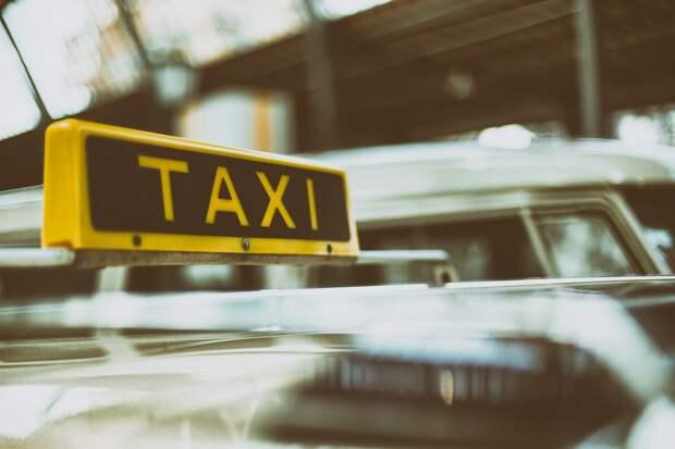 Таксисты Удмуртии будут работать в масках