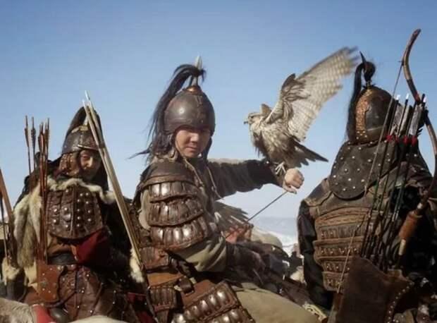 Потеряв финансирование, монгольская армия начала деградировать, дань уходила на прокорм коней и монгольским князьям., а воевать было не на что, после того, как Рим и генуэзцы перестали оплачивать набеги.