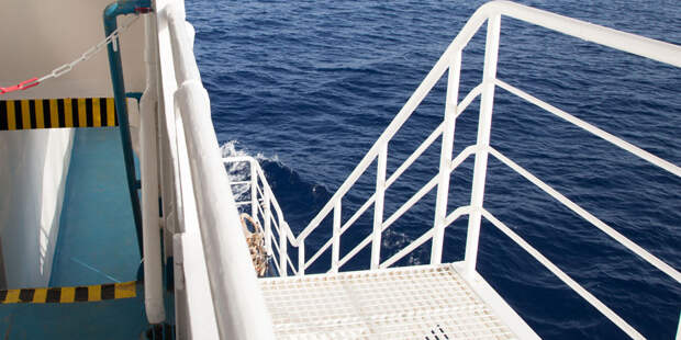 В Нигерии освободили захваченного пиратами российского моряка
