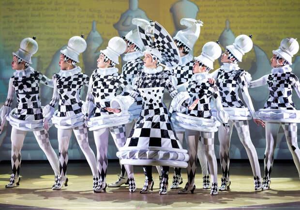 Михаил Швыдкой: «Наши спектакли — это вакцина-лайт»