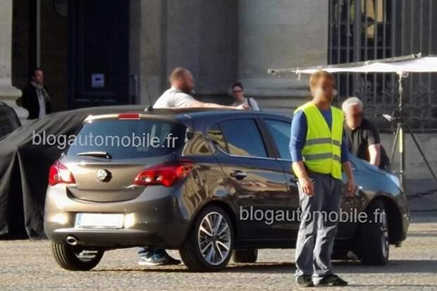 Новую Opel Corsa засняли без камуфляжа