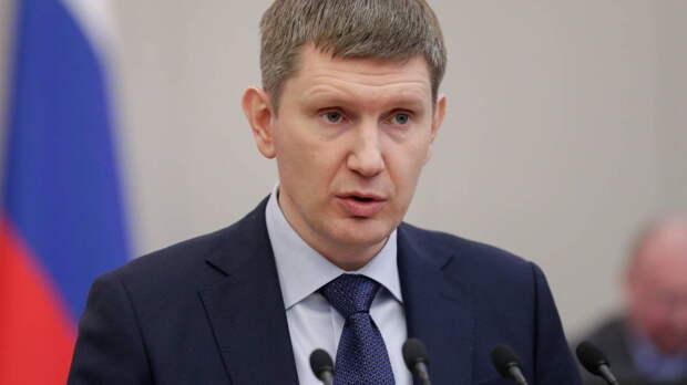 """Правительство одобрило законопроект о """"золотых визах"""" для зарубежных инвесторов"""