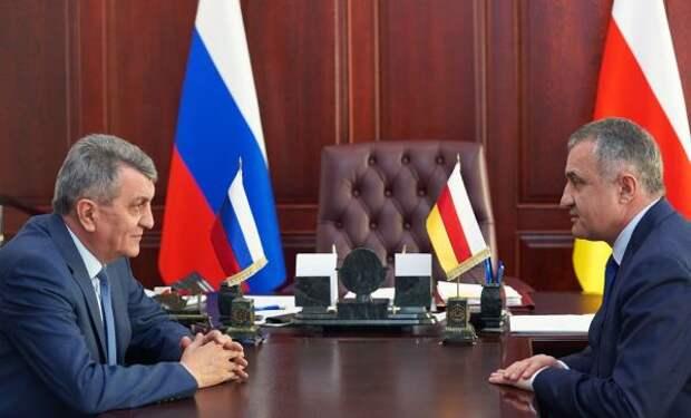 Меняйло намерен укреплять отношения сЮжной Осетией
