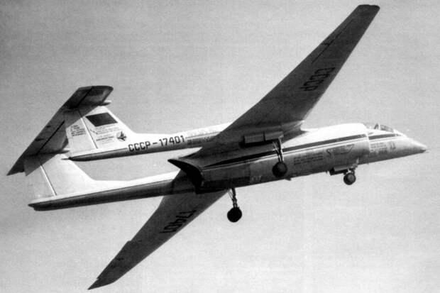 """""""Ростех"""" показал самолет для перехвата шпионских аэростатов"""