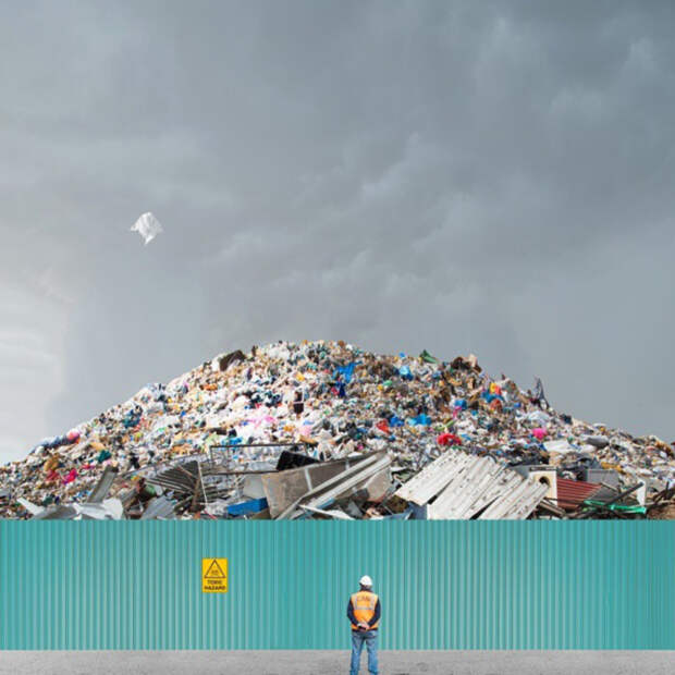 Чиновники переложили ответственность за проблемы с мусором в Янино с «МПБО-2» на владельцев авто