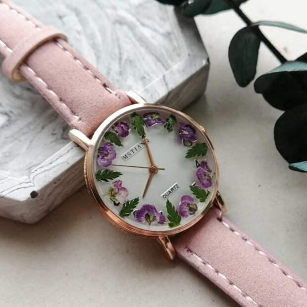 Часы цветочные