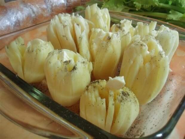 """Картофель """"дофинэ"""", запеченный под сыром"""