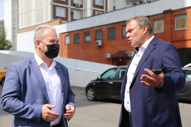 Петр Толстой взял под контроль вопрос создания пешеходной зоны в Марьино