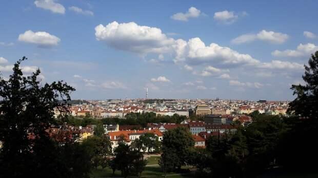 Власти Чехии вышлют из страны несколько российских дипломатов