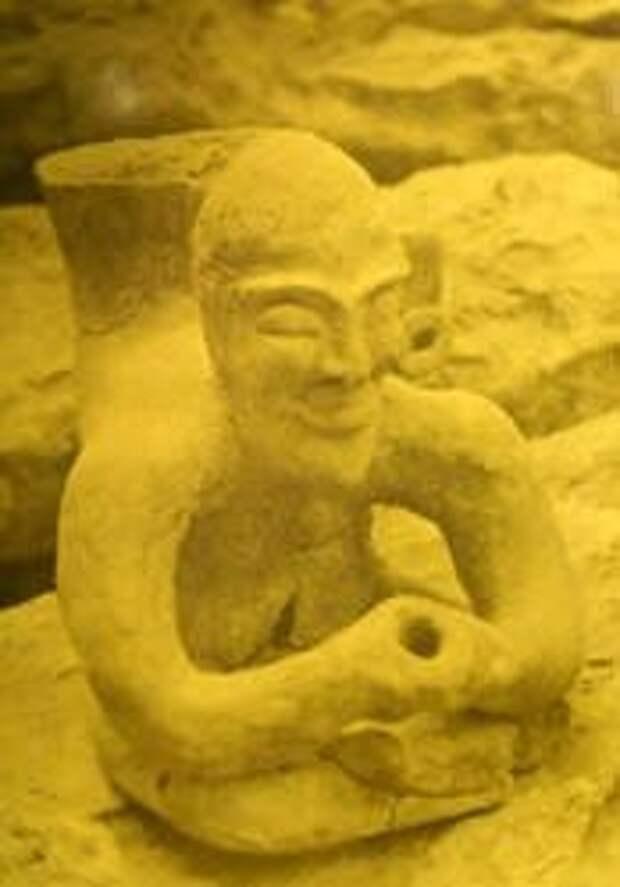 О древней пирамиде необычной формы, найденной на территории одной из долин в Мексике. Эта пирамида древнее тольтеков и ацтеков