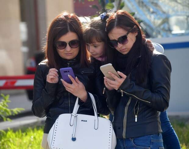 Сроки введения новой политики WhatsApp отодвинуты