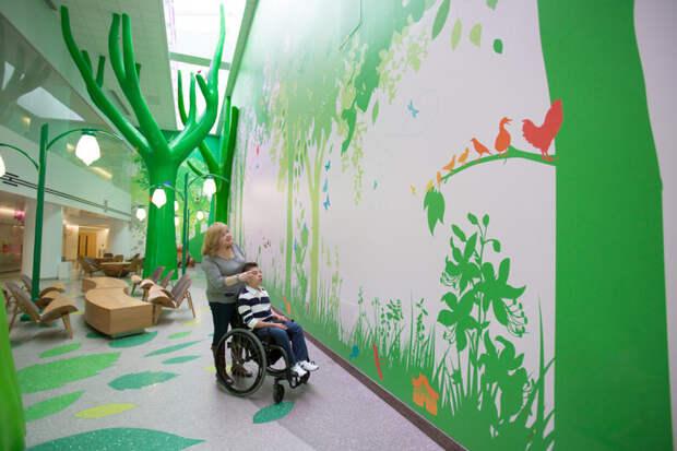 1. Холл детского госпиталя в Коламбусе, Огайо. больницы, дети
