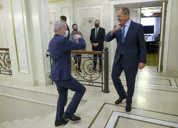 «Стремительная контратака Лаврова в секунду снесла оборону ЕС» – эксперт