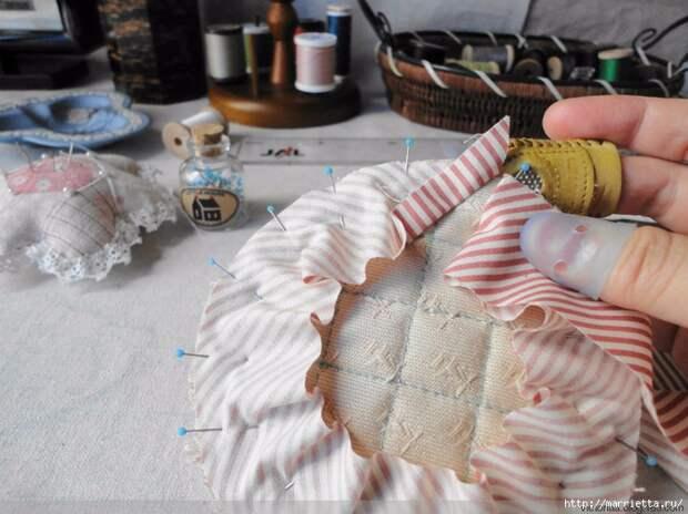 Лоскутное шитье. Кошелек с кроликом (10) (700x524, 288Kb)