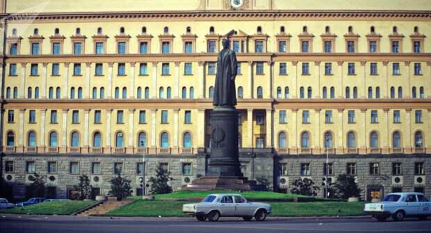 Дела НКВД и другие документы, которые находятся под грифом «секретно»