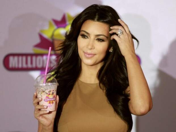 Ким Кардашьян поразила своих поклонников удивительной фигурой