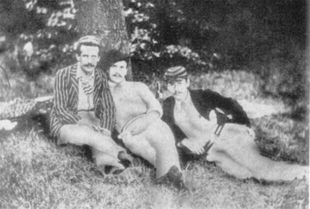 Прототипы героев Джерома: слева направо – Карл Хенчель (Гаррис), Джордж Уингрейв (Джордж) и Джером К. Джером (Джей)