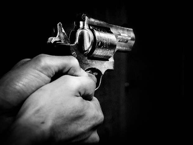 Неизвестный устроил стрельбу в Берлине, раненые четыре человека
