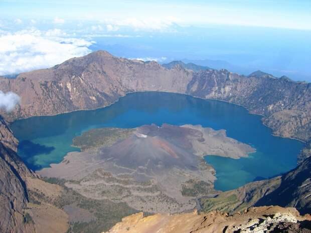 19. Озеро Сегара Анак, Ринджани, Ломбок, Индонезия в мире, озеро, природа